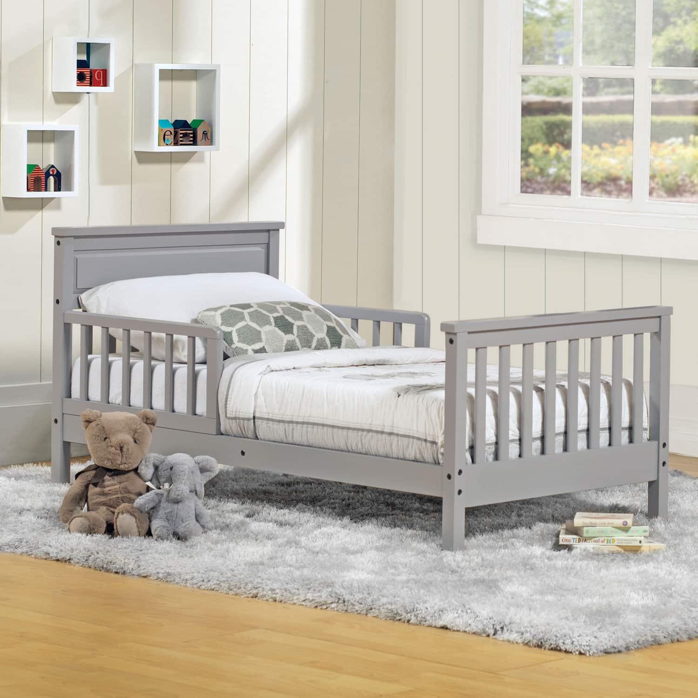 Quand changer la hauteur du lit de bébé ?