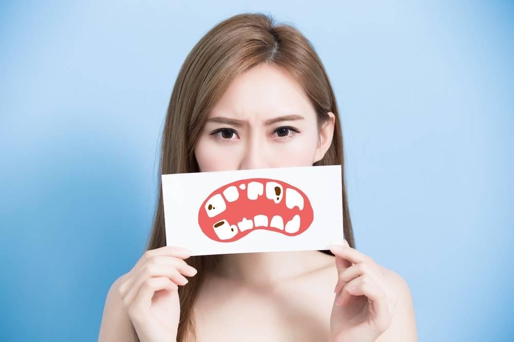 Est-ce que l'émail des dents repousse ?